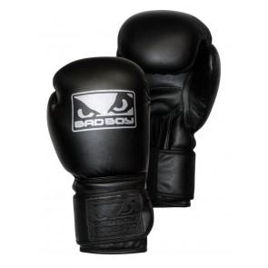 Боксерские перчатки для спаррингов Bad Boy Pro Series 2.0 Classic